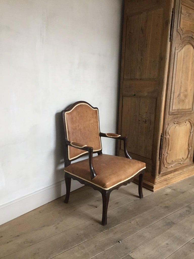 18th Century French Armchair Leather and Walnut For Sale 4