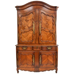 18th Century French Buffet Deux Corps in Light Walnut, circa 1760