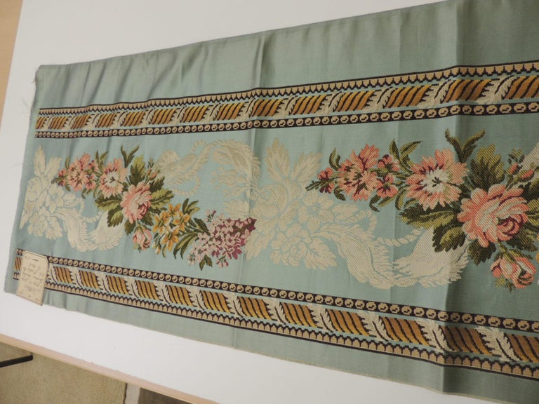 18th Century French Floral Green and Pink Silk Brocade Textile In Good Condition For Sale In Oakland Park, FL
