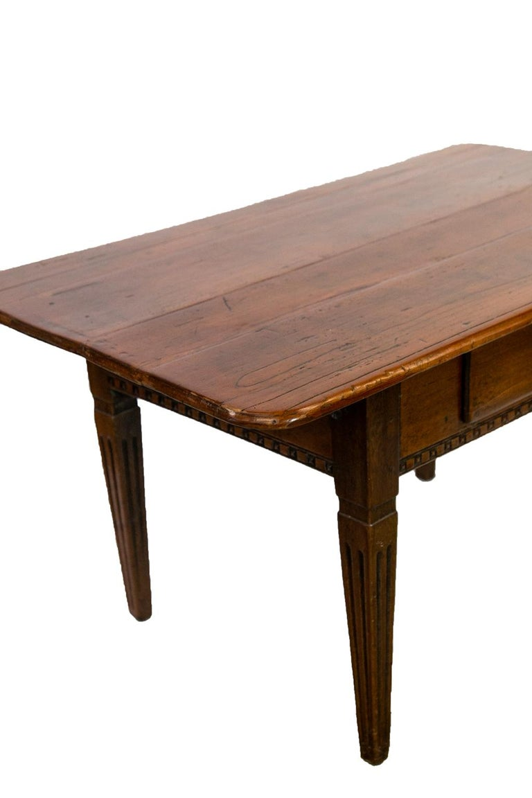 18th Century French Fruitwood Work Table For Sale 7