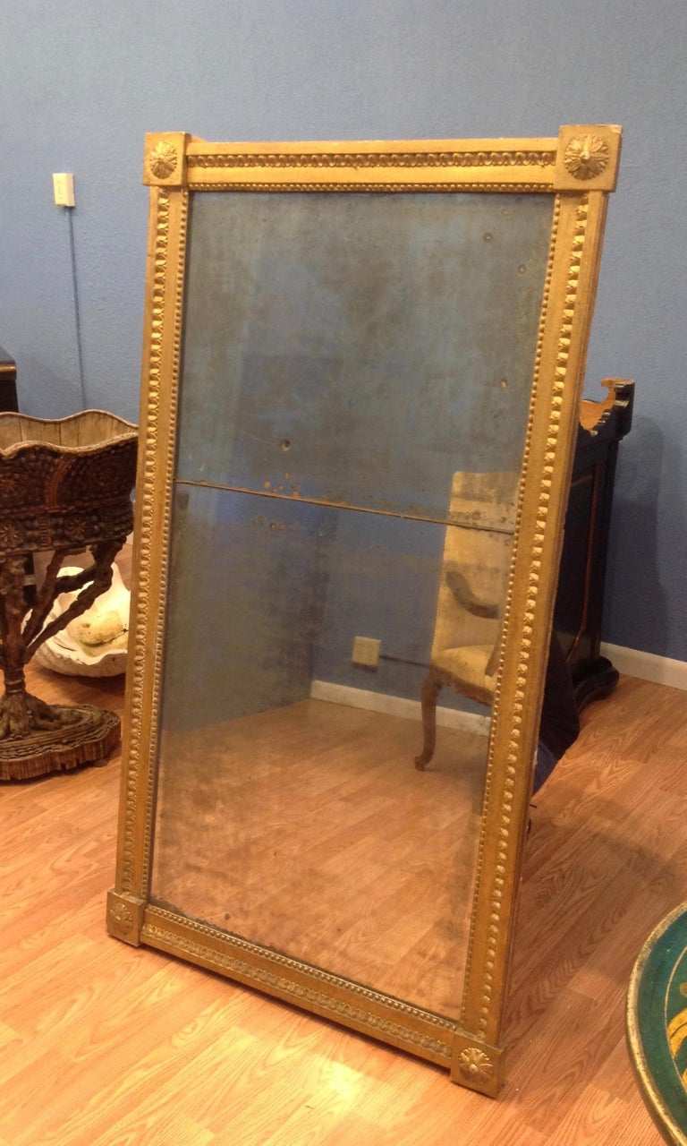 18TH Century French Gilt Wood Mirror  For Sale 3