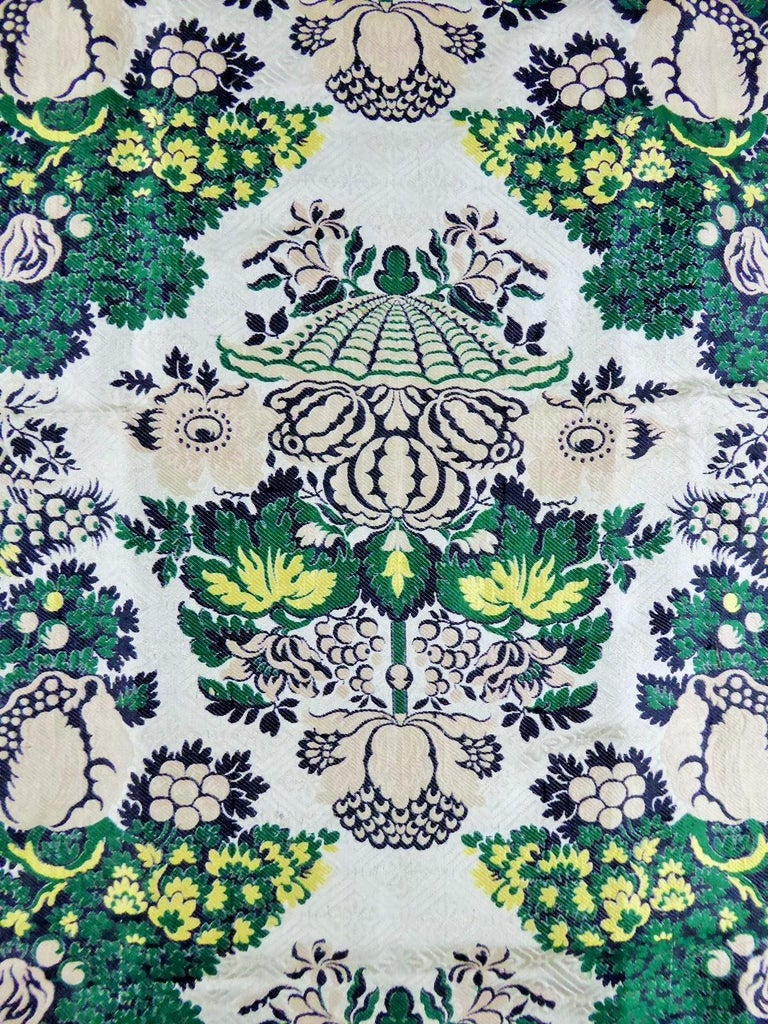 Women's or Men's 18th century French Lampas Silk - Bizarre Style - Circa 1730/1760