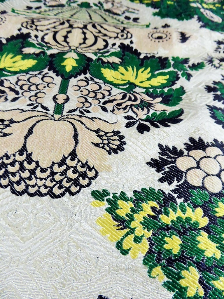 18th century French Lampas Silk - Bizarre Style - Circa 1730/1760 1