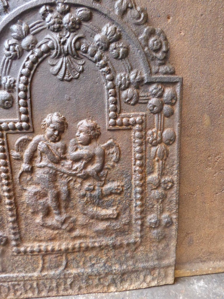 18th Century French Louis XIV Cupids Fireback For Sale 2