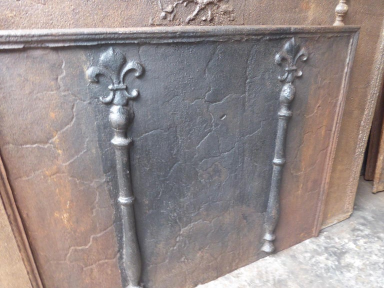18th Century and Earlier 18th Century French Louis XIV 'Pillars with Fleurs de Lys' Fireback For Sale