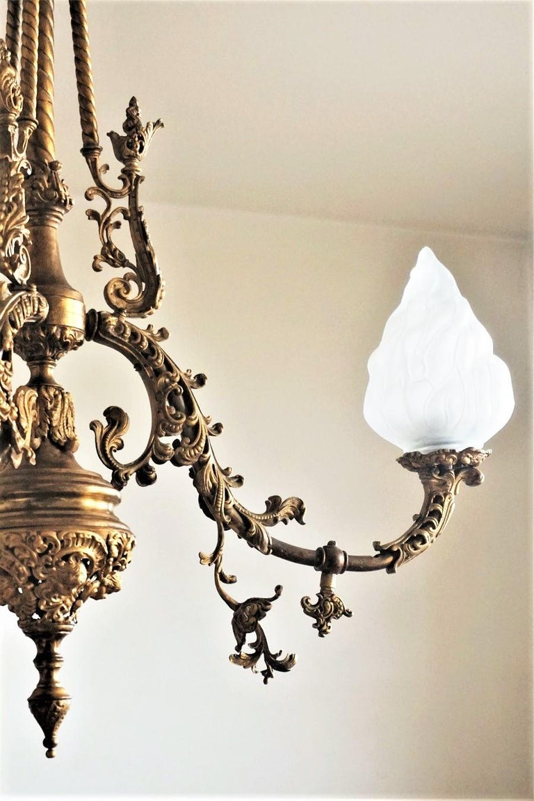 Fine 18th Century French Louis XVI Style Fire-Gilded Bronze Electried Chandelier For Sale 1