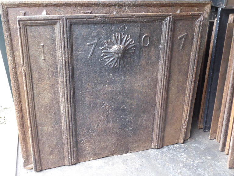 18th Century French Louis XIV 'The Sun' Fireback For Sale 1