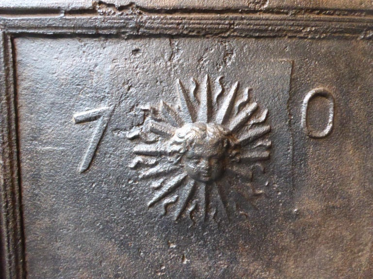18th Century French Louis XIV 'The Sun' Fireback For Sale 2