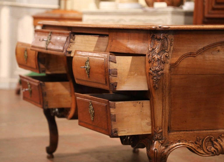 18th Century French Louis XV Carved Bombe Cherry Desk with Five Drawers  For Sale 3