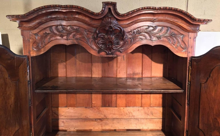 18th Century French Louis XV Carved Walnut Armoire from Lyon In Excellent Condition For Sale In Dallas, TX