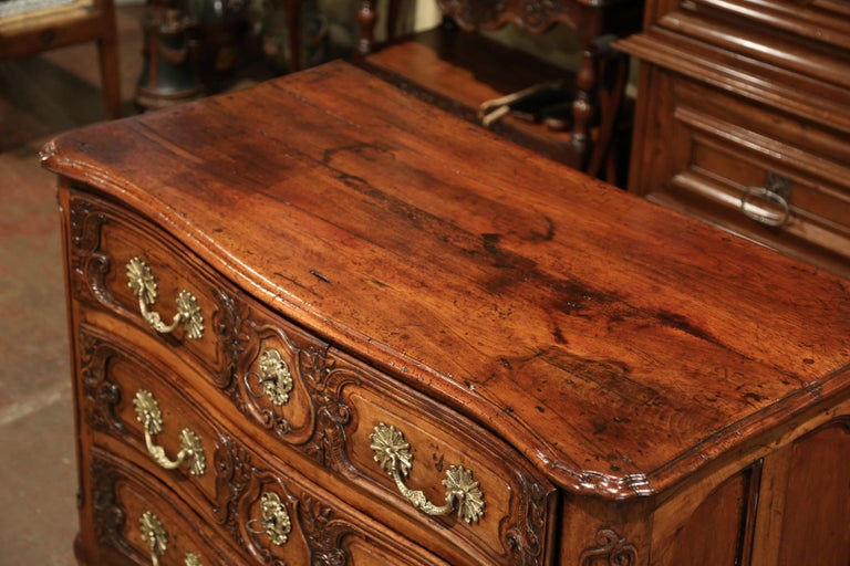 18th Century French Louis XV Carved Walnut Bombe Chest of Drawers from Lyon 5