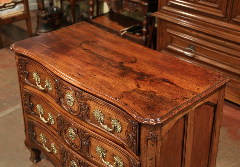 Hand-Carved 18th Century French Louis XV Carved Walnut Bombe Chest of Drawers from Lyon