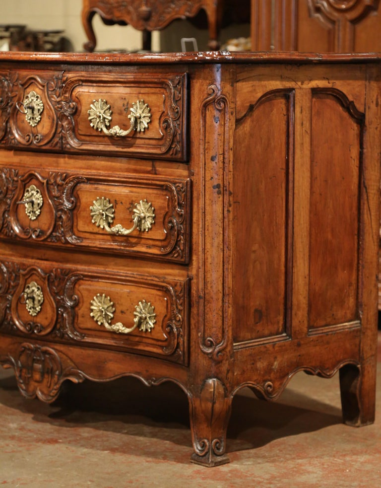 Bronze 18th Century French Louis XV Carved Walnut Bombe Chest of Drawers from Lyon