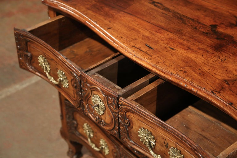 18th Century French Louis XV Carved Walnut Bombe Chest of Drawers from Lyon 2