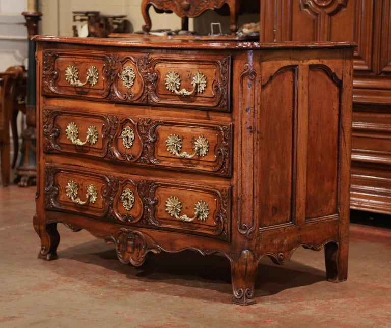18th Century French Louis XV Carved Walnut Bombe Chest of Drawers from Lyon 4