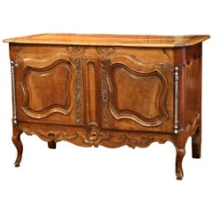 18th Century French Louis XV Carved Walnut Two-Door Buffet from Provence