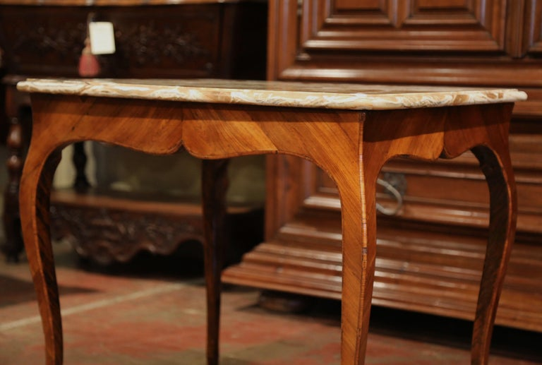 18th Century French Louis XV Mahogany Occasional Table with Marble Top For Sale 2