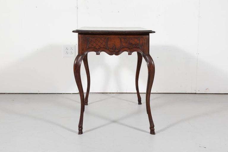 18th Century French Louis XV Period Side Table or Ladies Desk For Sale 7