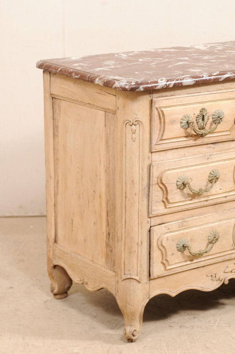 An 18th Century French Louis XV Provincial Four-Drawer Marble Top Wood Chest In Good Condition For Sale In Atlanta, GA