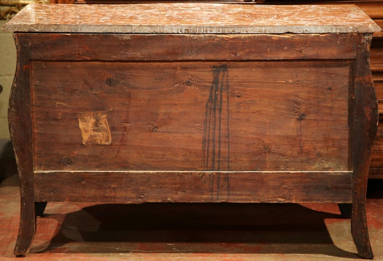18th Century French Louis XV Walnut Inlay Bombe Chest of Drawers with Marble Top For Sale 5