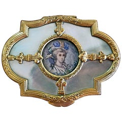 18th Century, French Louis XVI Gold and Mop Box with Miniature Portrait of Lady
