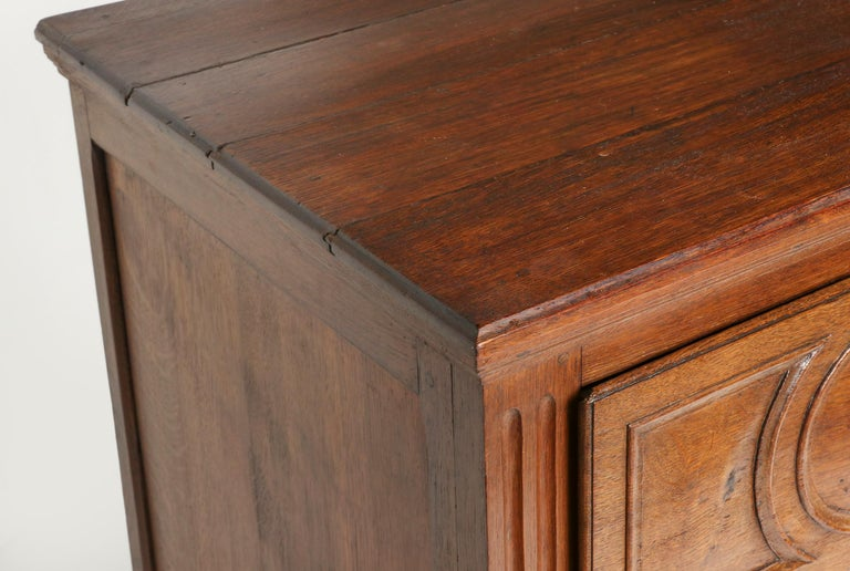 18th Century French Louis XVI Oak Commode Chest of Drawers For Sale 12