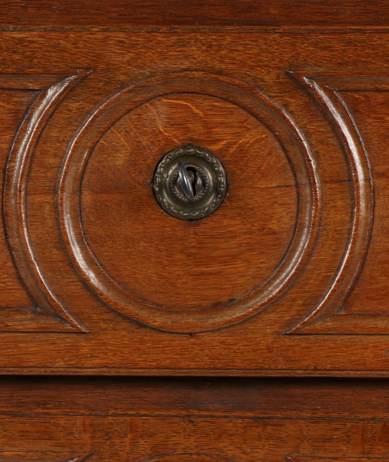 18th Century French Louis XVI Oak Commode Chest of Drawers For Sale 14