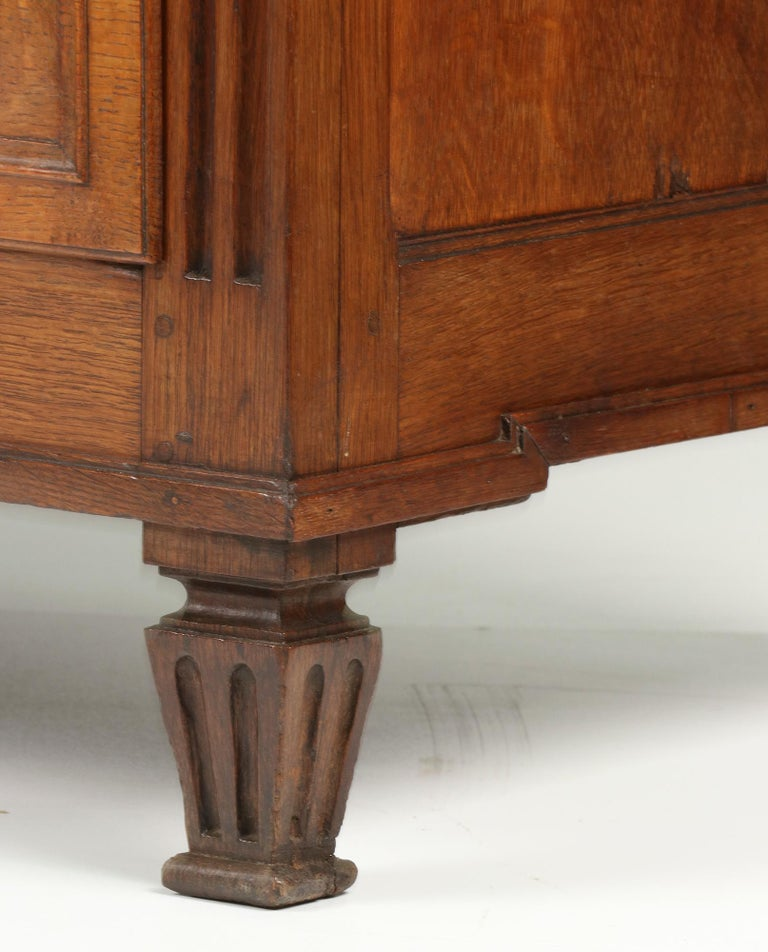 18th Century French Louis XVI Oak Commode Chest of Drawers For Sale 2