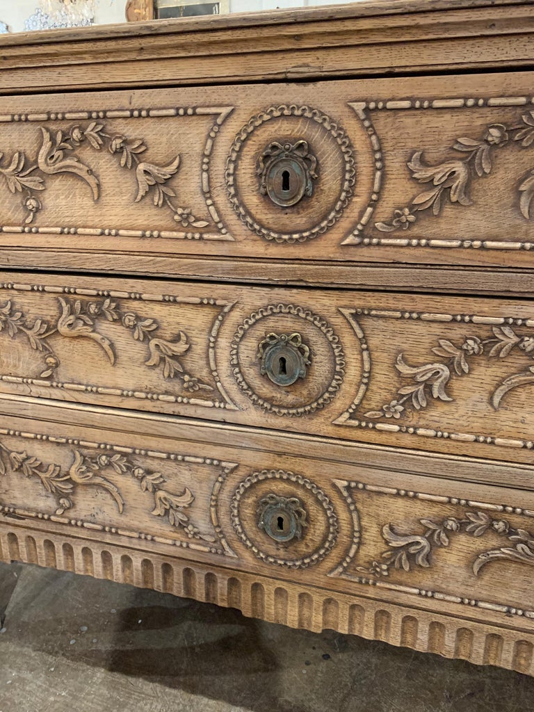 18th Century French Louis XVI Style Carved and Bleached Chest In Good Condition For Sale In Dallas, TX
