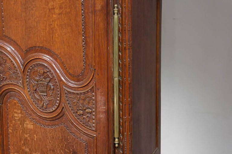 18th Century French Oak Armoire For Sale 4