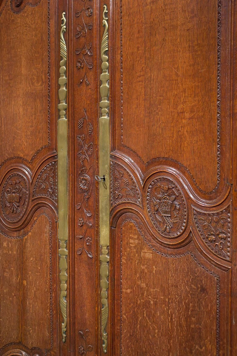 18th Century French Oak Armoire For Sale 5