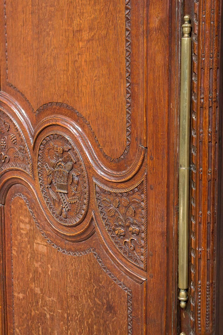 18th Century French Oak Armoire For Sale 6