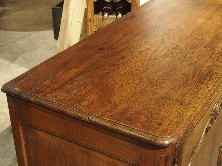 18th Century French Oak Buffet with Center Drawers from Lorraine For Sale 2