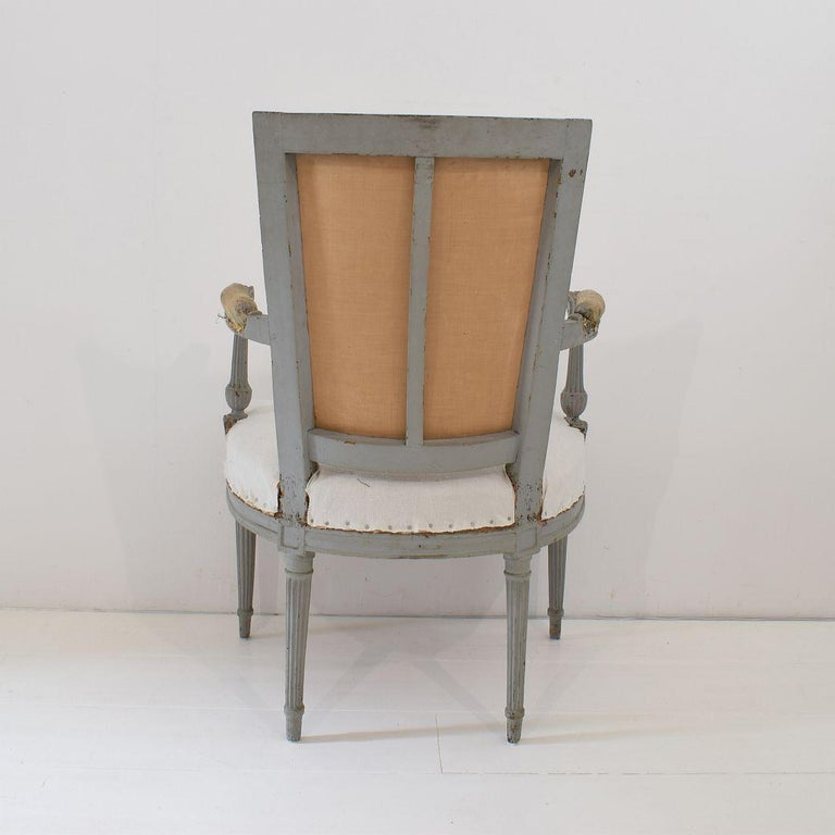 18th Century French Pair of Directoire Chairs For Sale 13