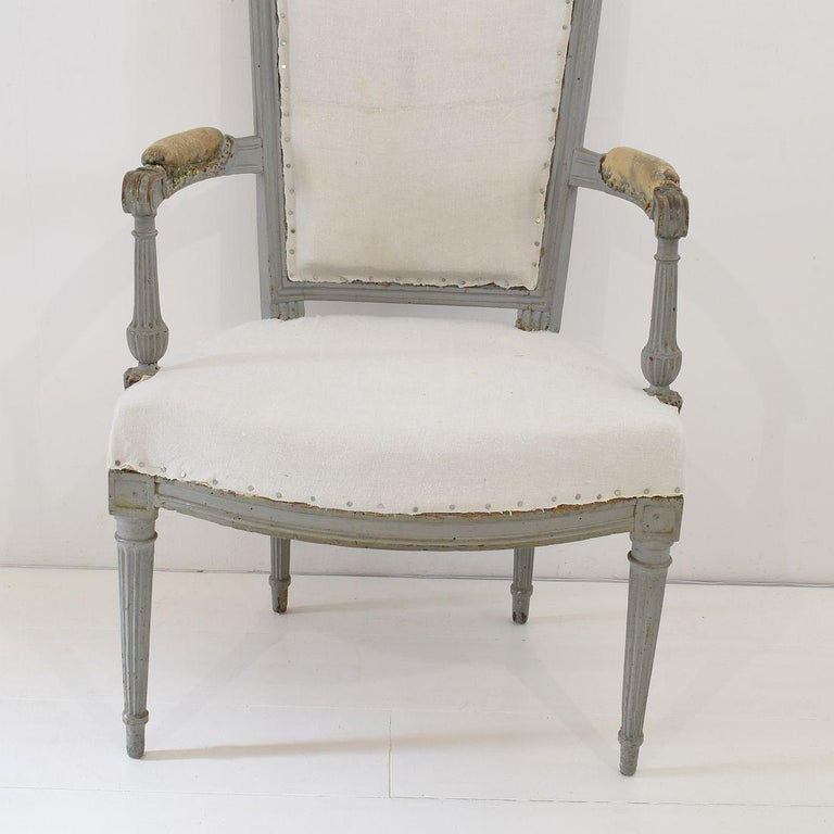 18th Century French Pair of Directoire Chairs For Sale 16