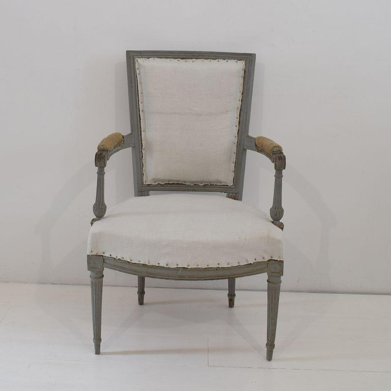 18th Century French Pair of Directoire Chairs For Sale 1