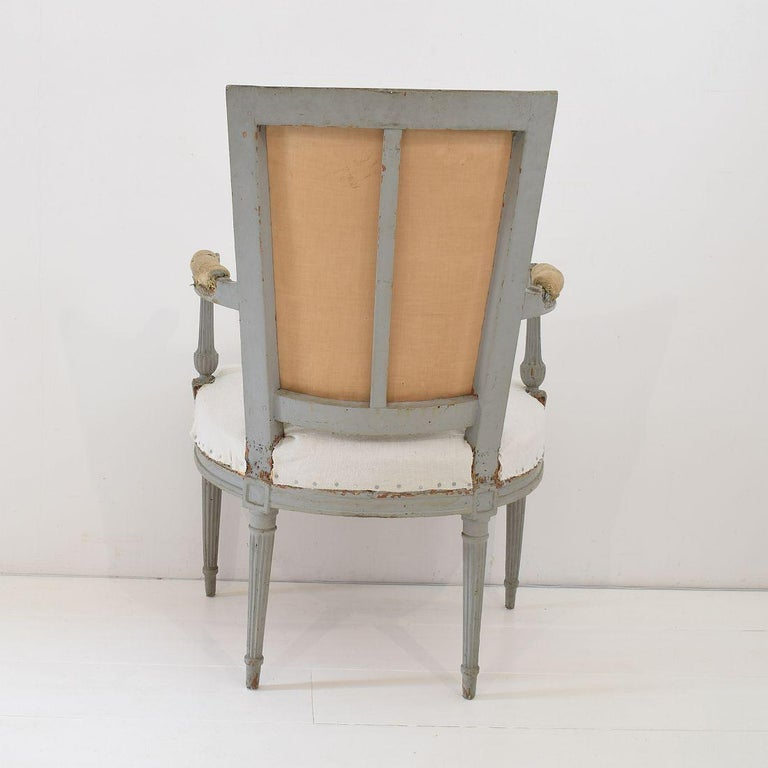 18th Century French Pair of Directoire Chairs For Sale 4