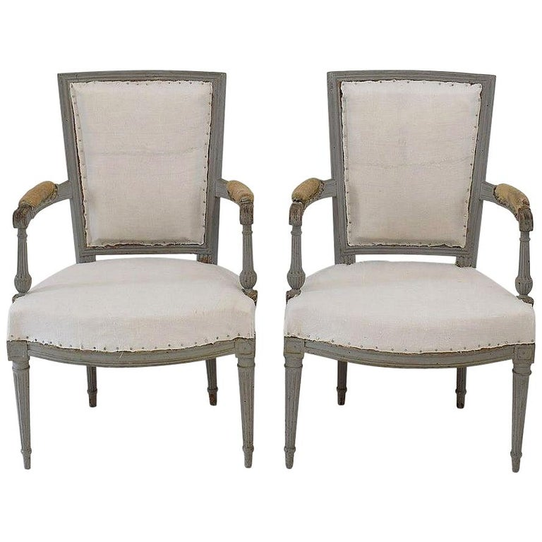 18th Century French Pair of Directoire Chairs For Sale