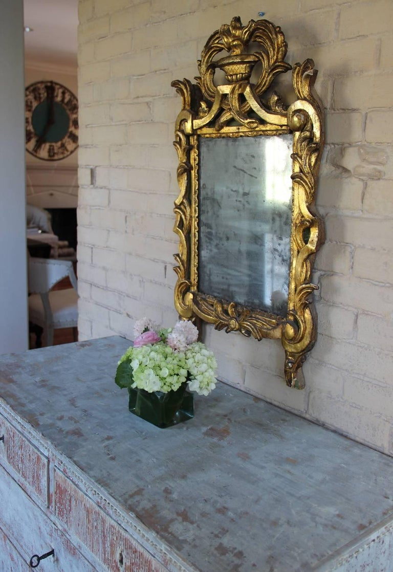 18th Century French Period Louis XVI Giltwood Mirror with Original Mirror Plate For Sale 6