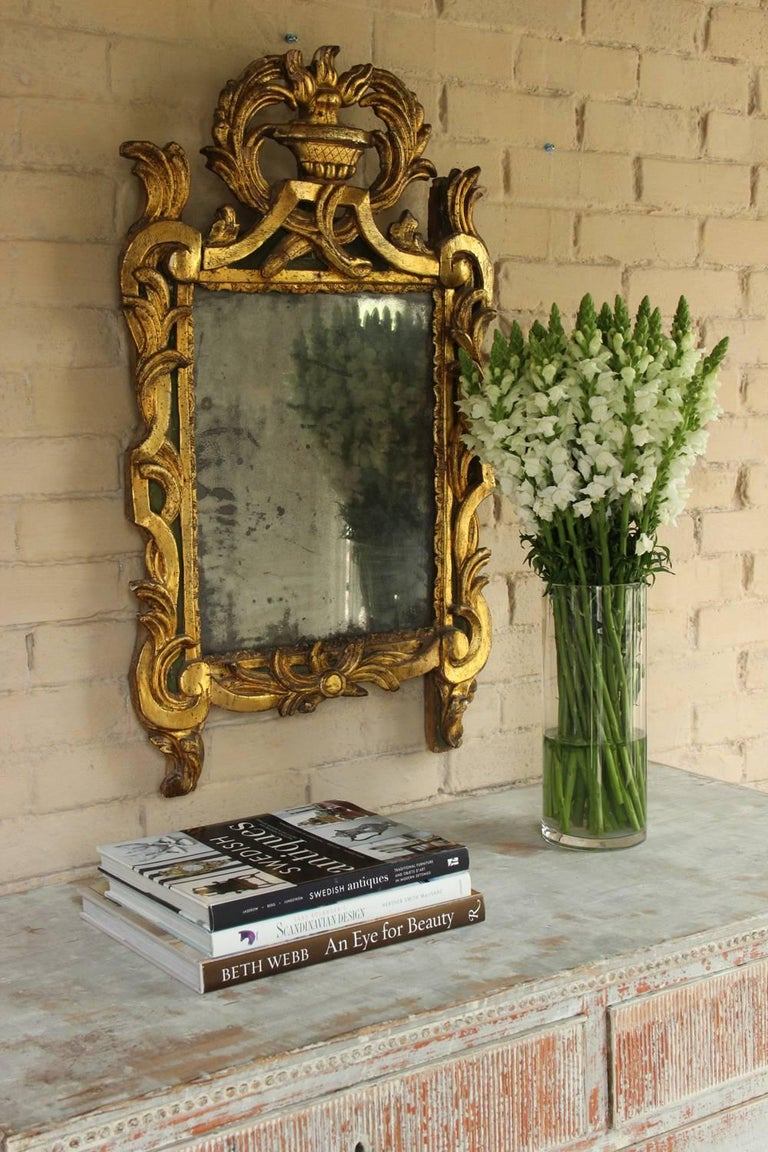18th Century French Period Louis XVI Giltwood Mirror with Original Mirror Plate For Sale 3