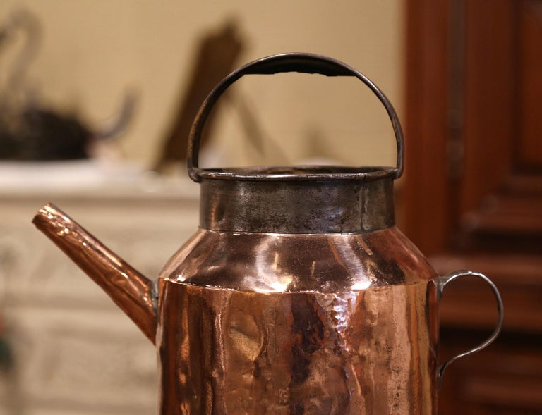 18th Century French Polished Copper and Iron Watering Can For Sale 1