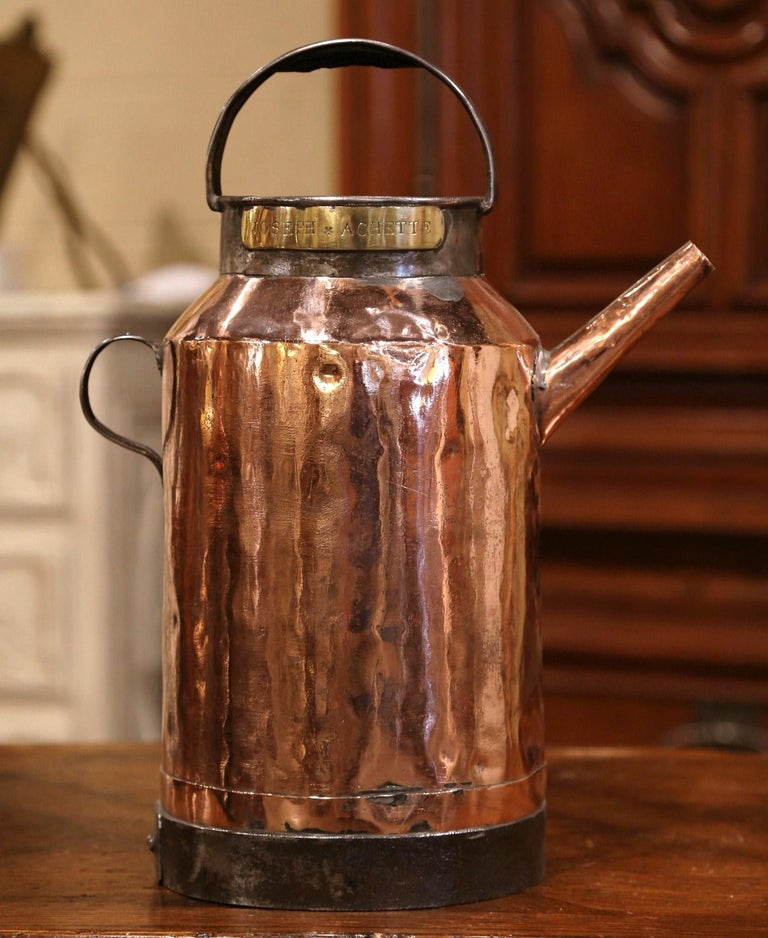 18th Century French Polished Copper and Iron Watering Can For Sale 2