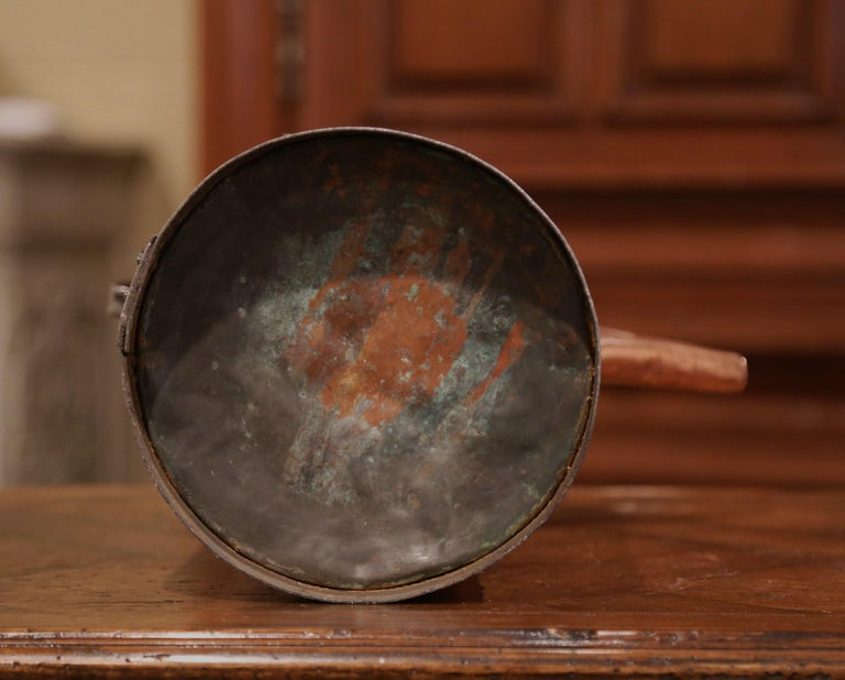 18th Century French Polished Copper and Iron Watering Can For Sale 4
