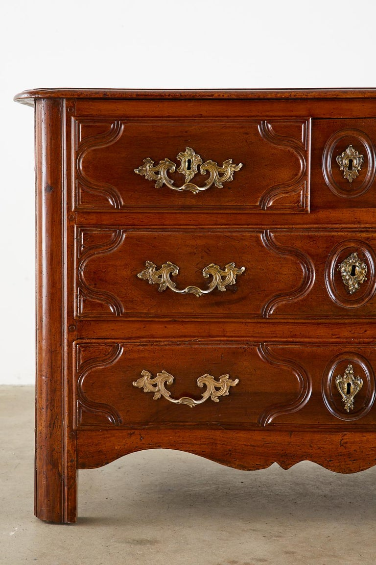 18th Century French Regence Walnut Commode or Chest For Sale 4
