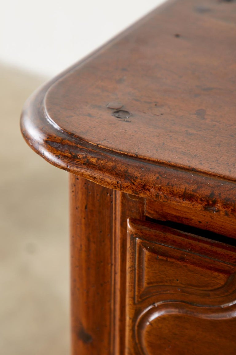 18th Century French Regence Walnut Commode or Chest For Sale 10