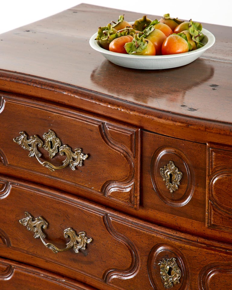 18th Century French Regence Walnut Commode or Chest For Sale 2