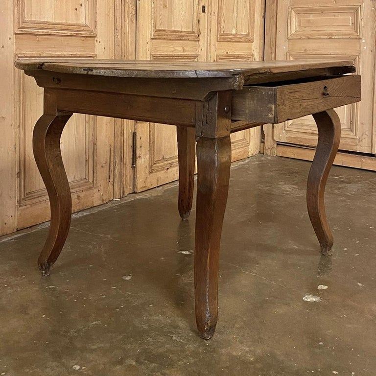 18th Century French Rustic Writing Table In Good Condition For Sale In Dallas, TX