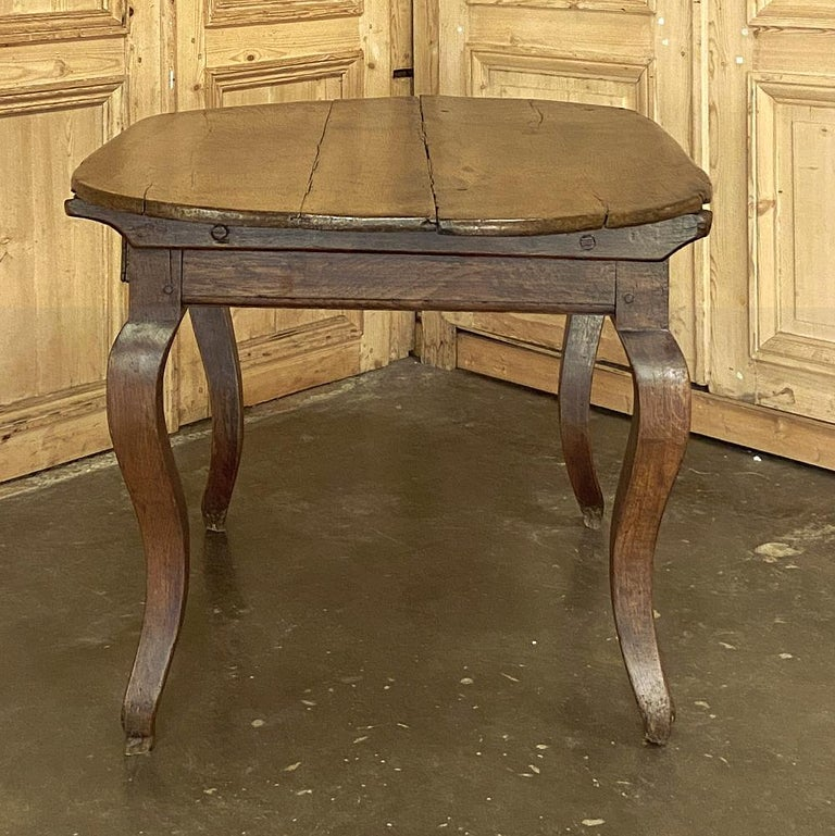 18th Century French Rustic Writing Table For Sale 1