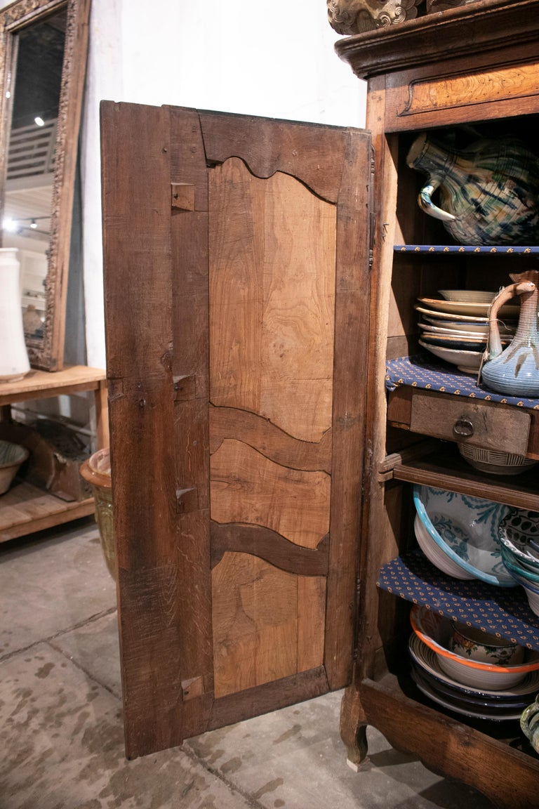18th Century French Two Door Oak Panelled Wardrobe For Sale 2