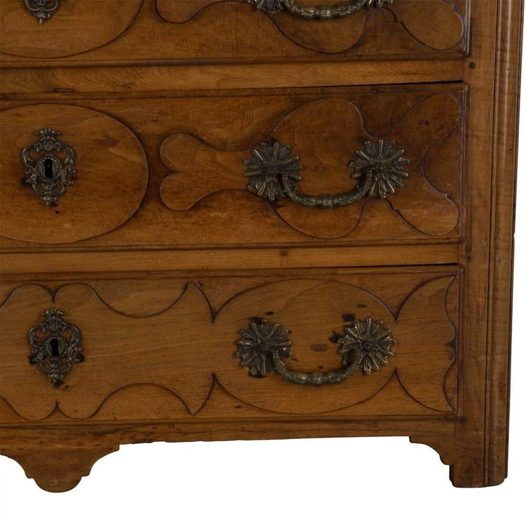 18th Century and Earlier 18th Century French Walnut Commode For Sale